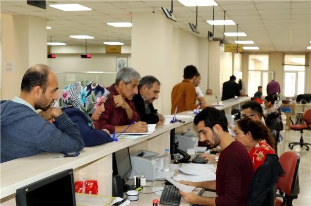 Akdeniz Belediyesi'nde Vezneler Hafta Sonu Açık Olacak
