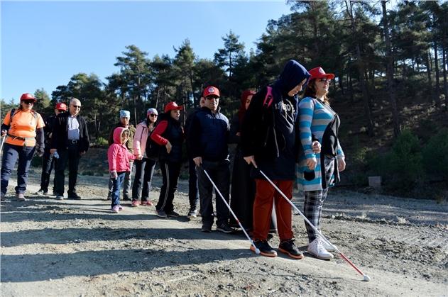 Mersin'de, Engelli Bireyler Doğada Yürüyüş Yaptı