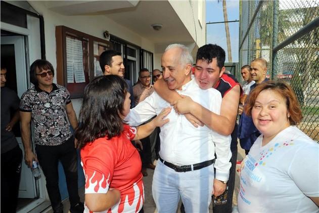 Akdeniz Belediye Başkanı Mustafa Gültak'tan, Dünya Engelliler Günü Mesajı