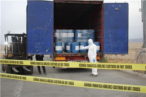 Gürbulak Sınır Kapısında 18 Ton Siyanür Yakalandı
