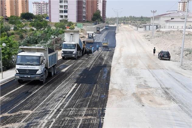 Büyükşehir, Asfalt Çalışmaları İle Önemli Yol Kat Etti