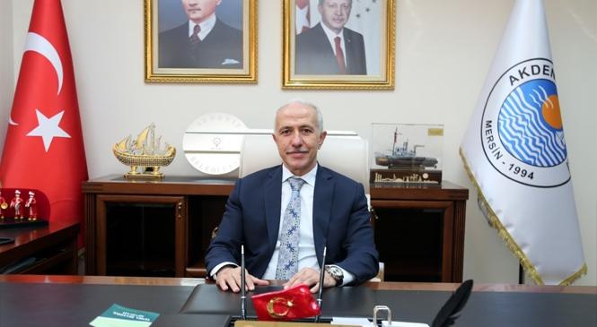 """Akdeniz Belediye Başkanı Gültak'tan, """"Çalışan Gazeteciler Günü"""" Mesajı"""