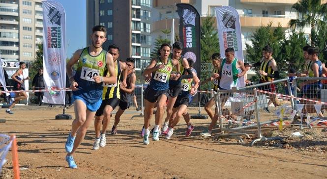 Mersin'de Spor Etkinliği, Kros Ligi Startı Yenişehir'de Verdi