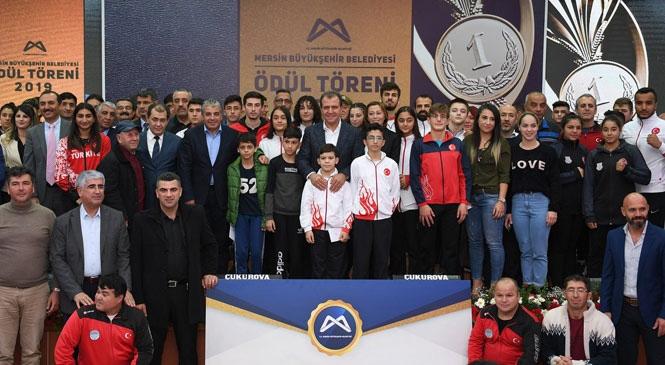 Mersin Büyükşehir'den Amatör Spor Kulüplerine 823 Bin TL Değerinde Yardım