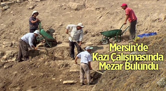 Mersin Tarsus'ta Kazı Çalışmalarında Mezar Bulundu