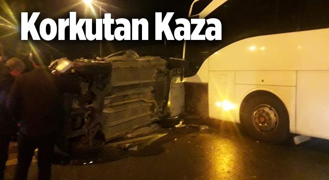 Mersin Tarsus'ta Yolcu Otobüsü Kaza Yaptı
