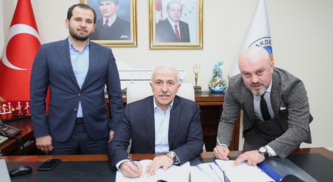 Mersin Akdeniz Belediyesi'nde Toplu İş Sözleşmesi İmzalandı