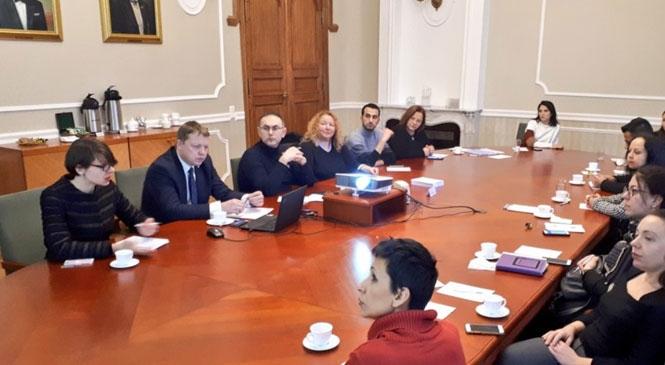 Borsa Letonya ve Talinde Tarsus'u Tanıttı