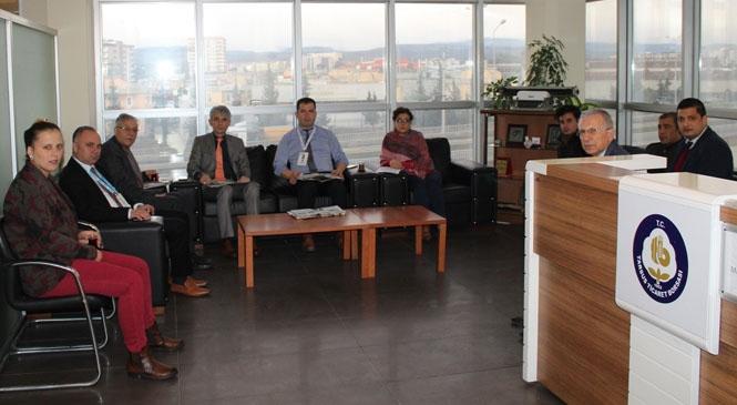 Tarsus Ticaret Borsası Personeli 2020 Yılının İlk Personel Toplantısını gerçekleştirdi
