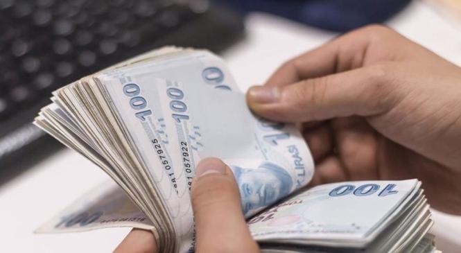 Müşteriden İzinsiz Kart Limiti Artıran Bankaya 50 Bin TL, Hak İhlal Eden Bankaya İse 1 Milyon Tl Ceza
