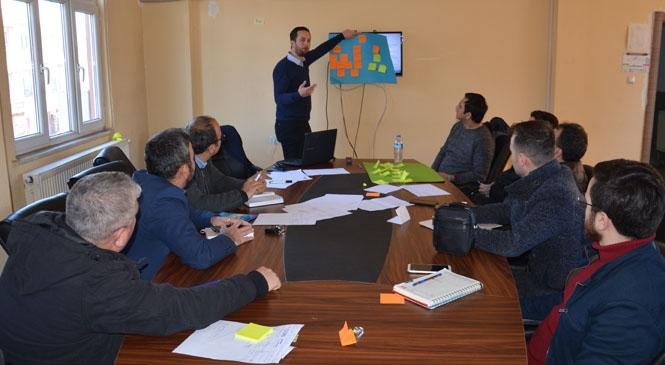 Gülnar Belediyesinde Proje Yazma Eğitimi