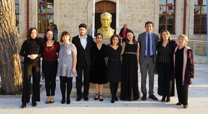 Mersin Mezitli'de Bulunan Cumhuriyet Okulu (Taş Mektep) 100 Yıl Sonra Eğitimin Hizmetinde
