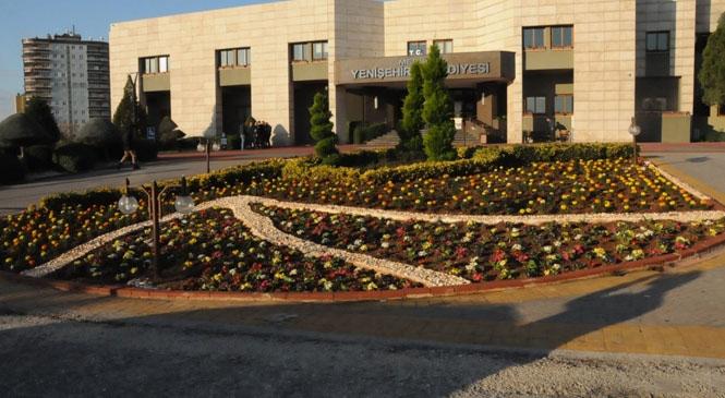 Yenişehir Belediyesi Yenişehir'i Renklendiriyor
