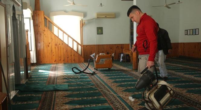 Erdemli Belediyesi'nden Türbe Camii'ye Önemli Hizmet