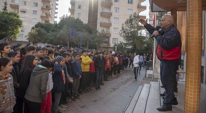 Öğrencilere Depremde Yapılması Gerekenler Anlatıldı