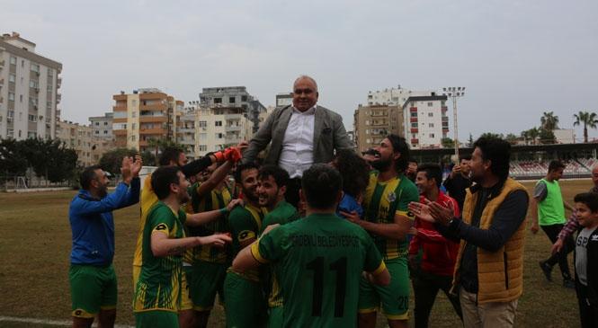 Erdemli Belediyespor, Akdeniz Belediyespor'u 3-1 Mağlup Ederek Zirvedeki Yerini Perçinleyip Şampiyonluk Yolundaki Kararlı Yürüyüşünü Sürdürdü