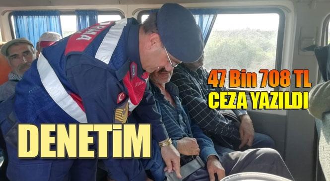 Son Günlerde Mersin'de Artan İşçi Servisi Kazaları Nedeniyle Jandarma Trafik Ekipleri, İşçi Taşıyan Servislere Yönelik Denetim Yaptı