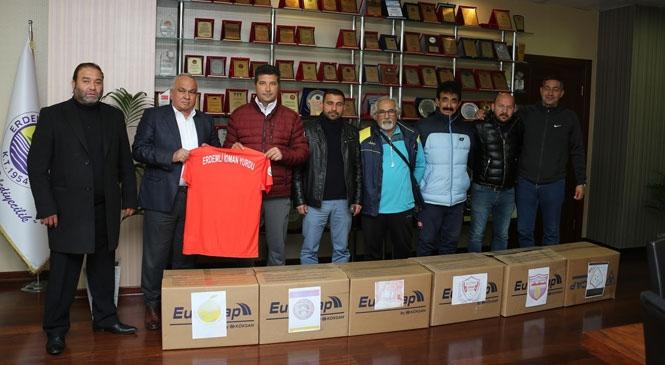 Erdemli Belediyesi'nden Amatör Spor Kulüplerine Destek