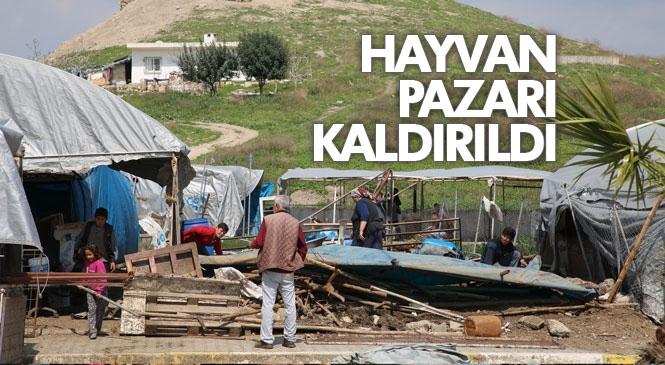 Akdeniz Belediyesi Zabıta Ekipleri Tırmıl Hayvan Pazarını Kaldırdı