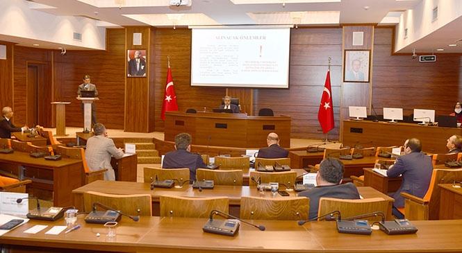 """Mersin'de """"Mevsimlik Tarım İşçileri Komisyon Toplantısı"""" Vali Su Başkanlığında Gerçekleştirildi"""
