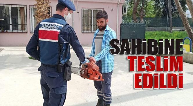 Mersin Tarsus Yenice Mahallesinde Çalınan Hızar Motorunu Jandarma Tarafından Bularak Sahibine Teslim Edildi
