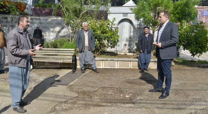 Yenişehir Belediye Başkanı Abdullah Özyiğit, Değirmençay Mahallesinde Şiddetli Dolu Yağışı Sonrası Ürünlerinin Büyük Bir Bölümünü Kaybeden Şeftali ve Erik Üreticilerini Ziyaret Etti