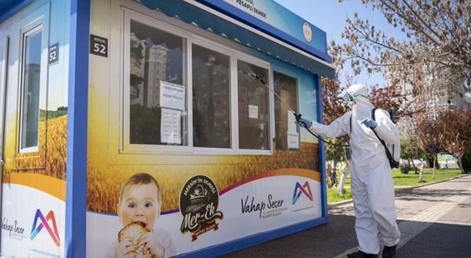 MER-EK'in 38 Noktadaki Ekmek Büfeleri Dezenfekte Ediliyor! Halk Ekmek, Üretimden Satışa Vatandaşa Tertemiz Ulaşıyor
