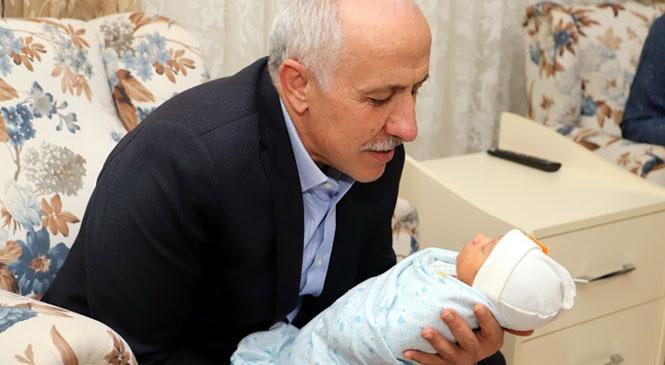 """""""Akdeniz'de Hoş Geldin Bebek Projesi İle Ulaşılan Aile Sayısı Bin 85 Oldu"""""""