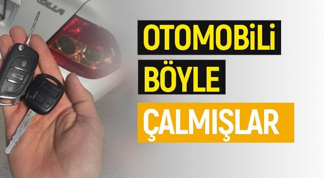 Mersin Tarsus'ta Akıllara Durgunluk Veren Otomobil Hırsızlığı: Aracı, Dükkandan Yedek Anahtarı Alıp Çalmışlar