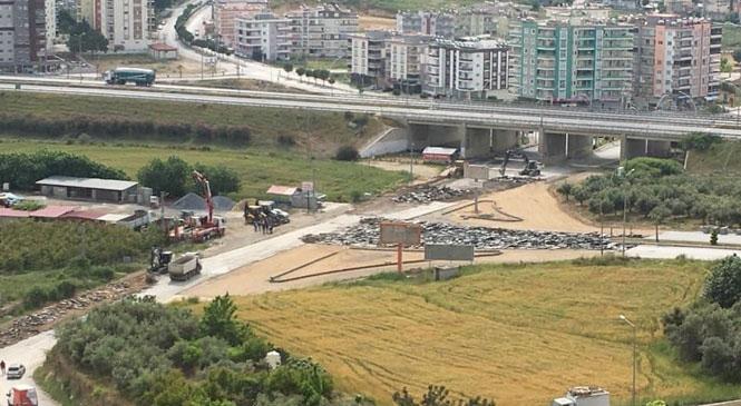 Büyükşehir, Trafik Akışında Sıkıntı Yaşanan Kavşaktaki Sorunu Ortadan Kaldırıyor