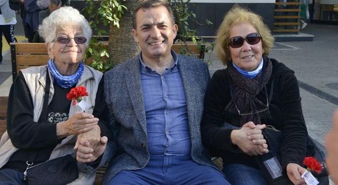 Başkan Özyiğit, Anneler Günü'nü Kutladı