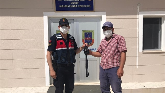 Mersin Silifke Atayurt Mahallesindeki Park Halindeki Araçtan Hırsızlık Olayı Jandarma Tarafından Aydınlatıldı