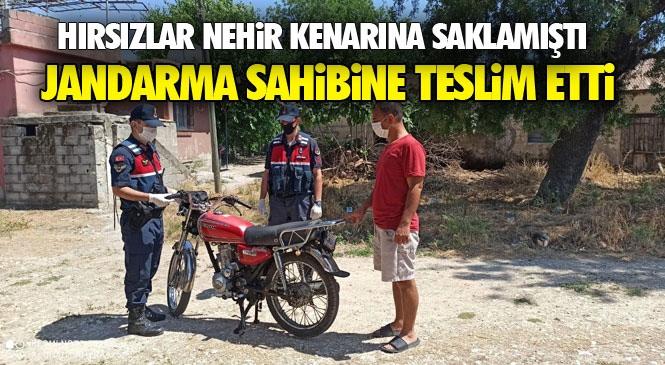 Mersin Tarsus Yenice'de Çalınan Motosiklet Berdan Nehri Kenarına Gizlenmiş Halde Bulundu!