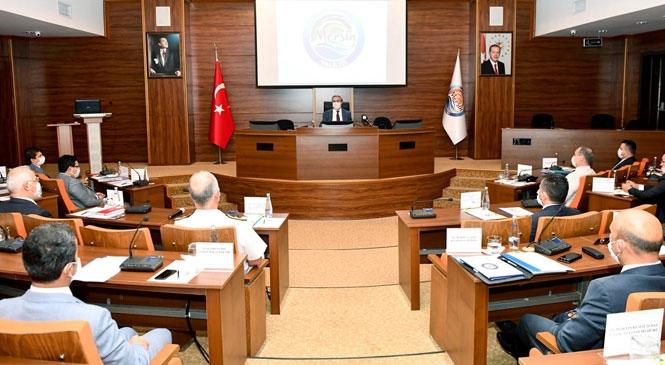Mersin'de Alınan Tedbirler ve Yapılması Gereken Çalışmaların Ayrıntılarıyla Ele Alındığı İl Güvenlik ve Asayiş Koordinasyon Toplantısı, Vali Su Başkanlığında Gerçekleştirildi
