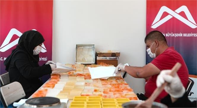 Mersin Büyükşehir'in Desteğiyle Üretilen Sabunlar, Mevsimlik Tarım İşçileri ve Dar Gelirli Yurttaşlara Ulaşacak