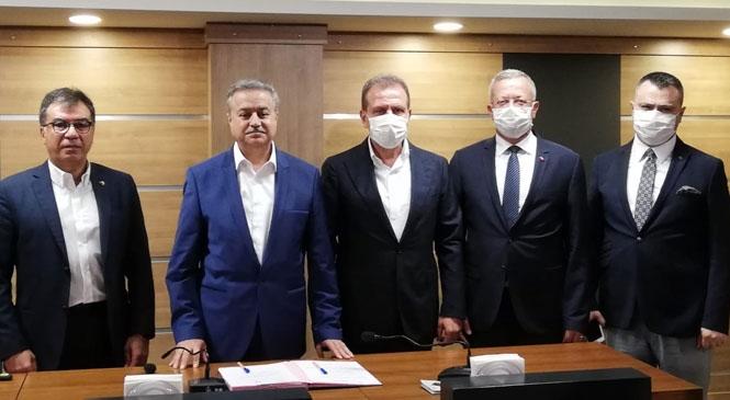"""Tarsus OSB ve MTOSB Arasında """"Kardeş OSB"""" Protokolü İmzalandı"""