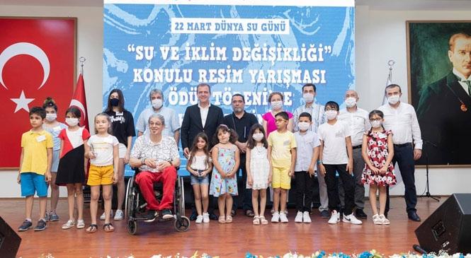 Başkan Seçer, Su Konulu Yarışmada Dereyece Giren Öğrencilere Ödüllerini Sundu