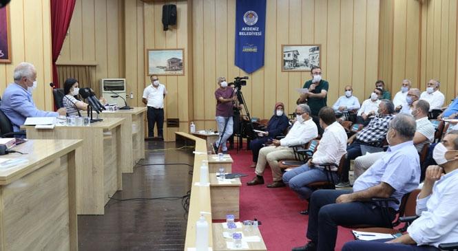 Akdeniz Belediyesi, Temmuz Ayı Meclis Toplantısını Yaptı