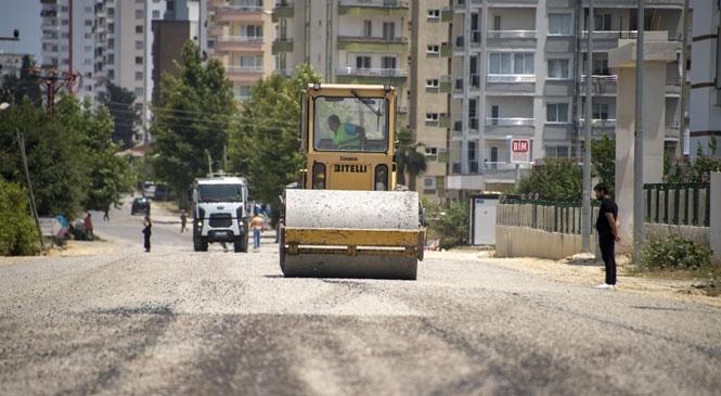 Mersin'de Asfaltlama Çalışmaları! Üniversite Caddesi Asfaltlandı, Yurttaşlar Rahat Nefes Aldı