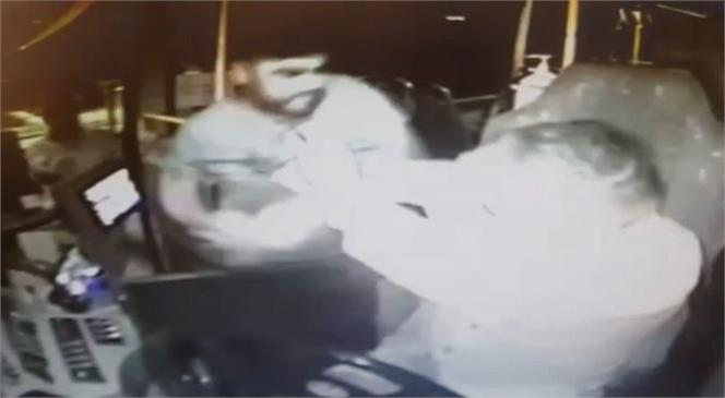 Mersin Tarsus'ta Kendilerini Maske Takma Konusunda Uyaran Otobüs Şoförünü Dövdüler
