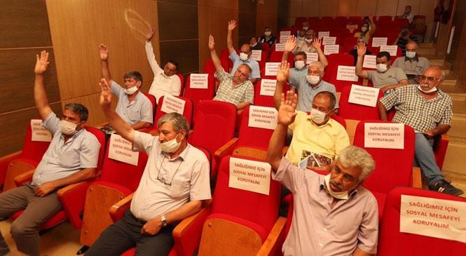 """Gülnar'da """"Kontrollü"""" Belediye Meclis Toplantısı"""