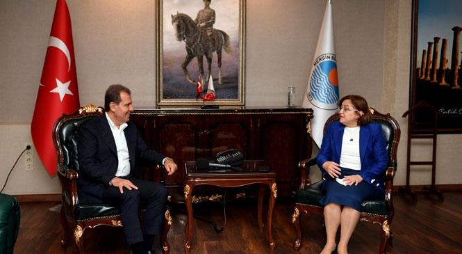 Mersin Büyükşehir Belediye Başkanı Vahap Seçer, Gaziantep Büyükşehir Belediye