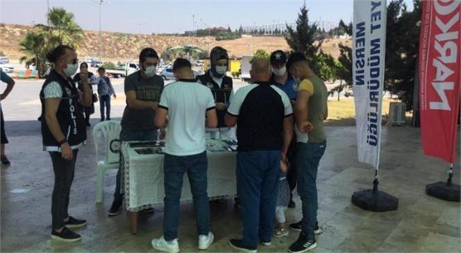Mersin'de Polis Üniversite Öğrencilerini Uyardı