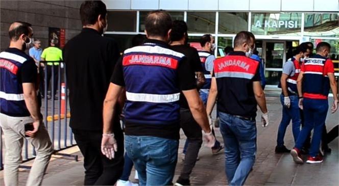 Mersin'de Hazine Arazilerinin Tapulaştırma İşlemlerinde Yardımcı Olmak Bahanesiyle Kurulan Rüşvet Çarkı Operasyonla Bozuldu