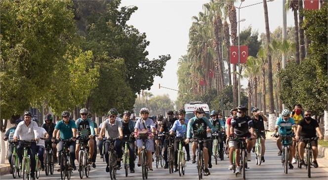 Başkan Seçer, Avrupa Hareketlilik Haftası'nda Evden İşe Bisikletle Gitti
