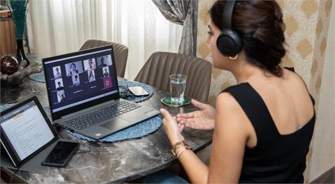 9 Kurs Merkezinde Canlı Ders Zamanı! 4 Bin Öğrenci Mersin Büyükşehir'in Öğretmenleriyle Üniversite Sınavına Hazırlanıyor