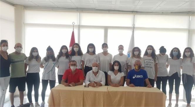 Kadınlar Voleybol Takımı'nın Yeni Oyuncuları İle Sözleşme İmzalandı