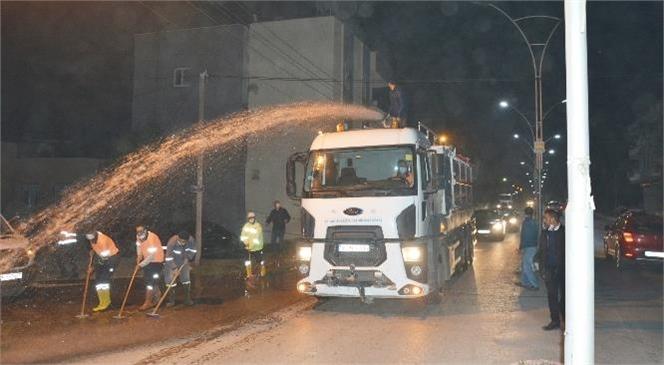 Mersin Tarsus Yenice'de Yıkama ve Dezenfekte Çalışması