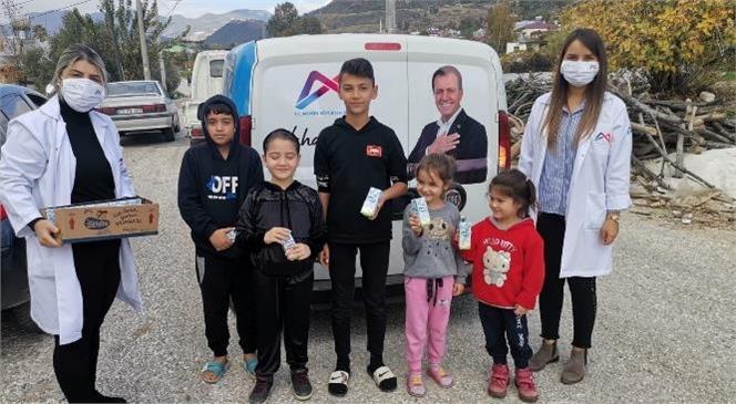 Çocuklar Evde, Sütleri Kapıda! Büyükşehir, Pandemi Döneminde Okul Sütlerini Miniklerin Evine Ulaştırıyor