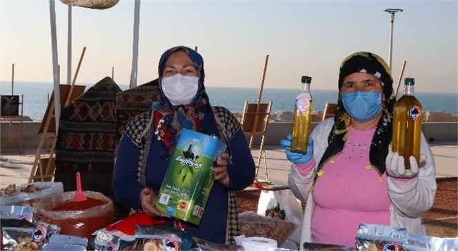 Kadın Üreticiler Tezgahları El Emeğiyle Donattı